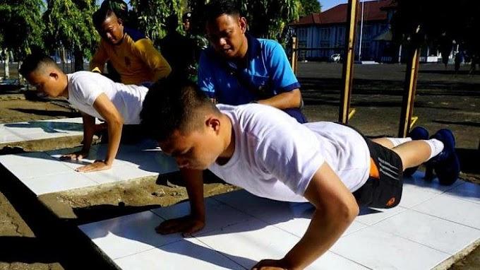 Calon Prajurit TNI AL Panda Makassar Jalani Tes Jasmani Dan Postur Tubuh