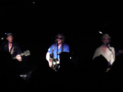 Ian Hunter on stage at Maxwell's Tuesday night.
