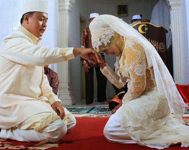 Kenali, Berikut Ini Tiga Ciri-ciri Istri Shalehah Menurut Rasulullah SAW