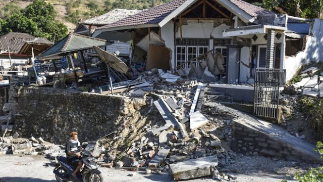 80 Persen Bangunan Hancur Akibat Gempa di Lombok