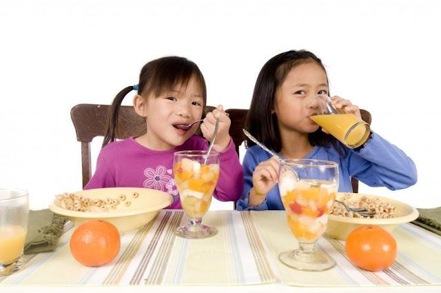 Nghịch lý nào khi trẻ thừa cân nhưng lại suy dinh dưỡng