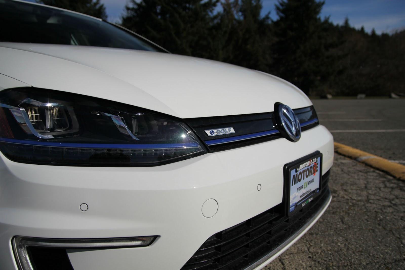 ... Volkswagen E Golf Is A Full Battery Electric Vehicle (BEV) Which Was  Available For Purchase In Seven US States That Participate In The Zero  Emissions ...