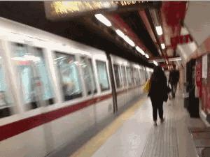 Roma, crepe nella stazione della metro Giulio Agricola