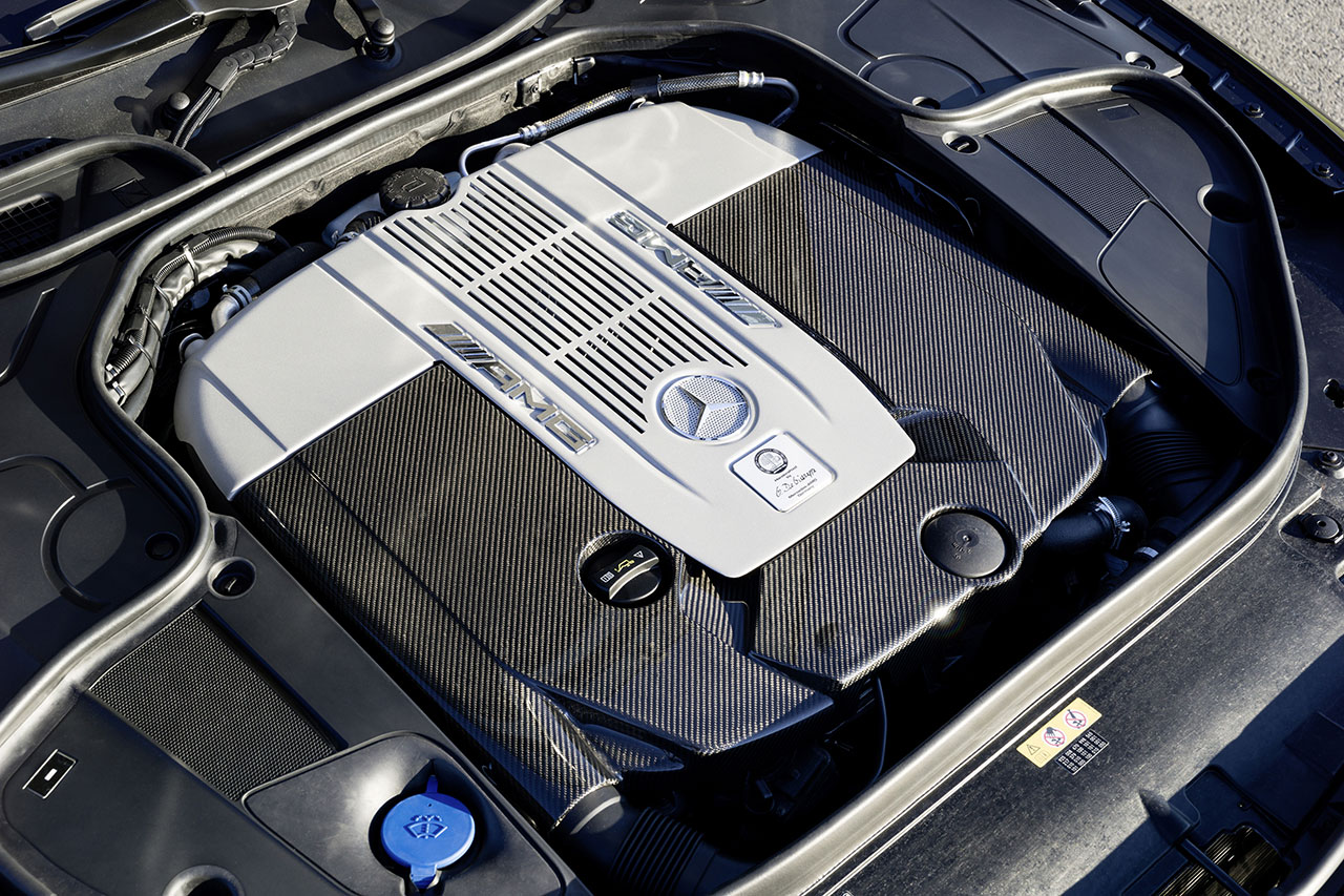 Mercedes-Benz S 65 AMG Coupé engine