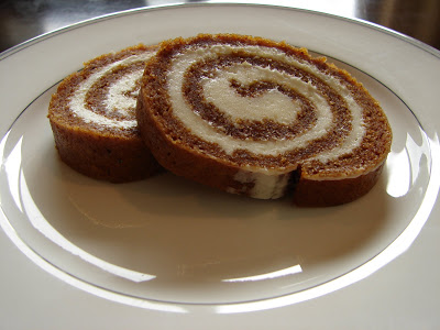 The Best Pumpkin Roll, Easy