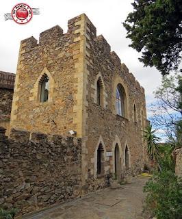 Castelnou, Francia - Castillo