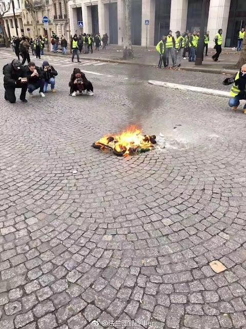 ¿Arde París? Manipula, que algo queda