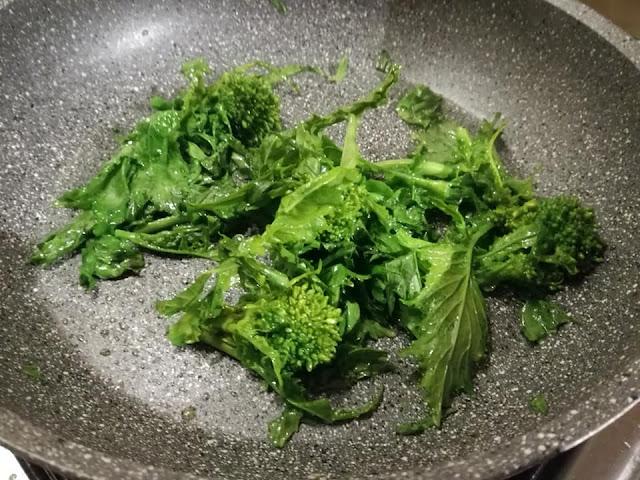 Broccoletti napoletani soffritti