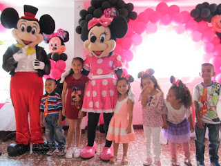 recreacionistas-medellin-minnie-y-mickey-mouse-bonitos-2