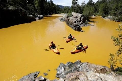 Nehirler Neden Renklere Bürünüyor?