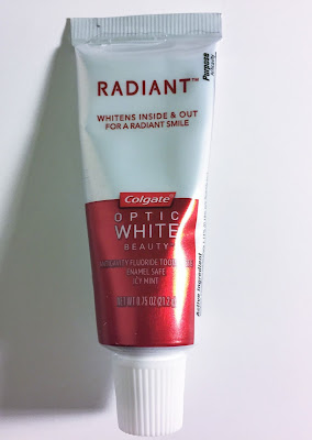 Colgate Optic White Radiant Icy Mint