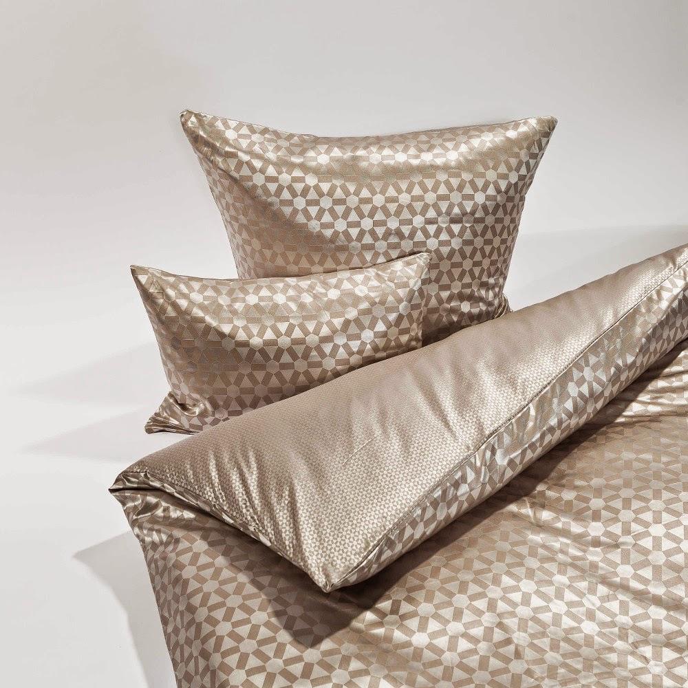 seidenland blog sommer bettw sche aus seide mit baumwolle. Black Bedroom Furniture Sets. Home Design Ideas