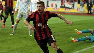 geleceğin yıldızları, Dorukan Toköz, türk futbolunun genç yıldızları, gelecek vaadeden futbolcular Dorukan Toköz ,Dorukan Toköz,  Dorukan Toköz kimdir nereli kaç yaşında