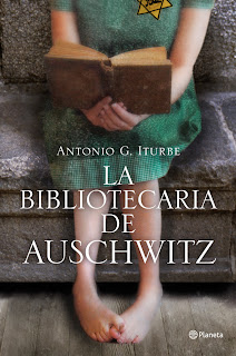 """La bibliotecaria de Auschwitz"" de Antonio G. Iturbe"