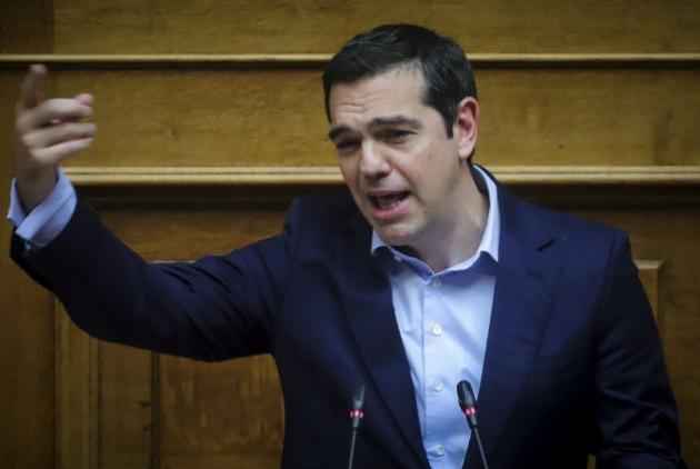 Αλέξης Τσίπρας: Σήμερα νομοθετούμε τα μέτρα που εξήγγειλα στη ΔΕΘ (vid)