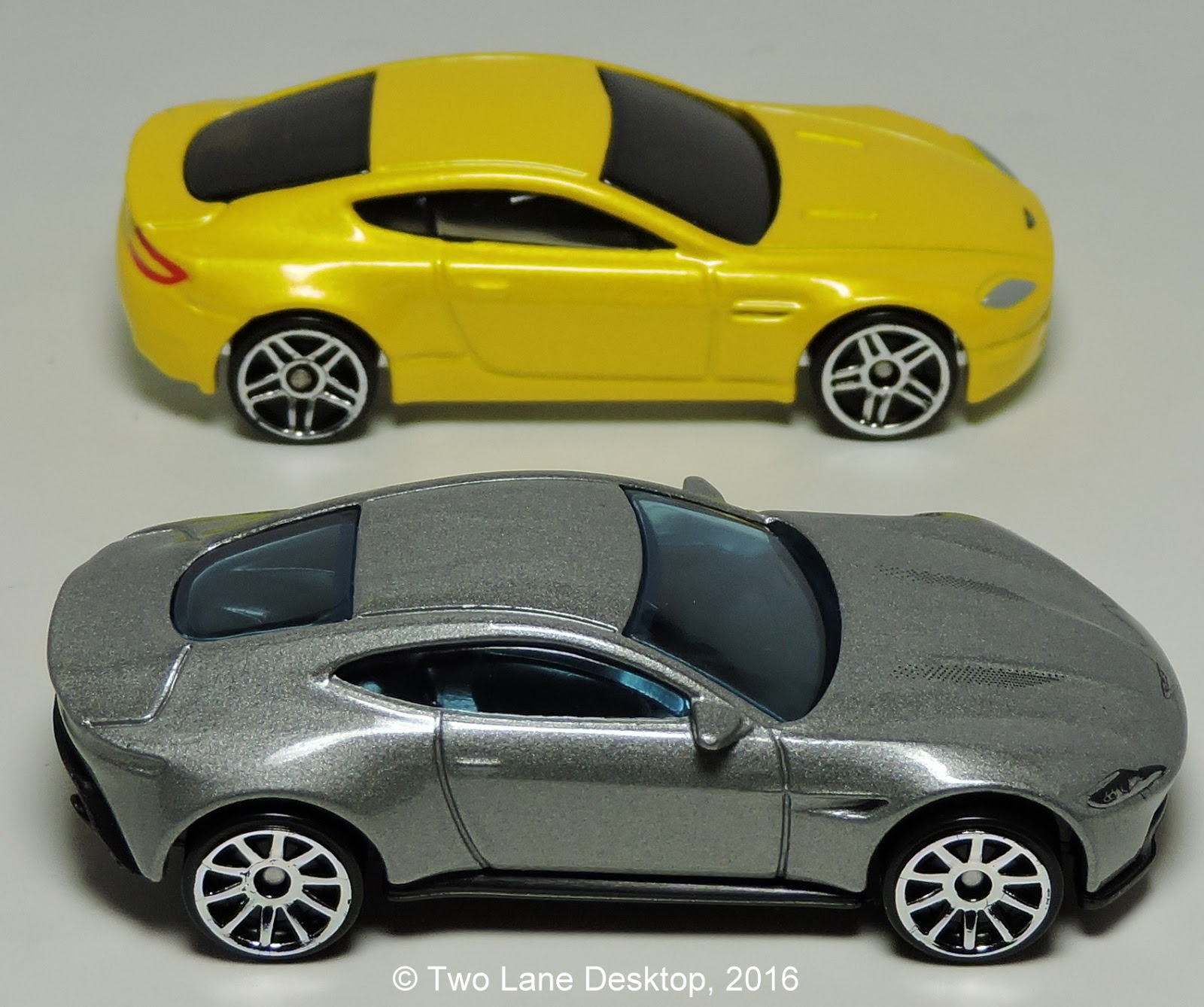 Two Lane Desktop: 007 Aston Martin's: Hot Wheels Aston