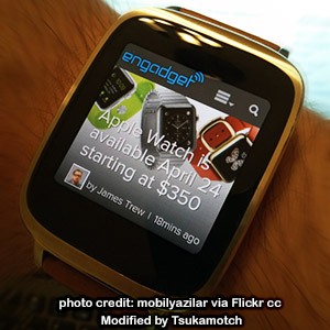 Reading about Apple Watch with an Asus ZenWatch