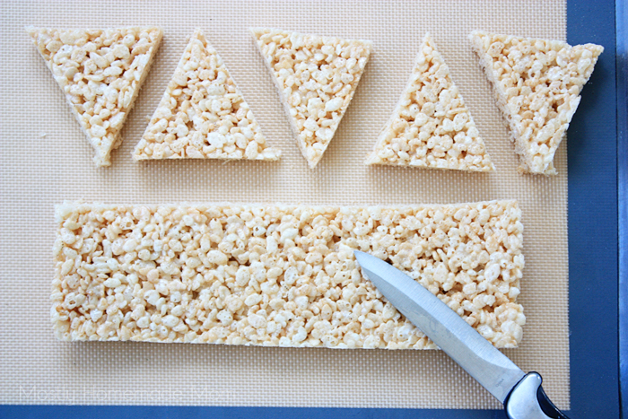 Easy Christmas Tree Rice Krispie Treats