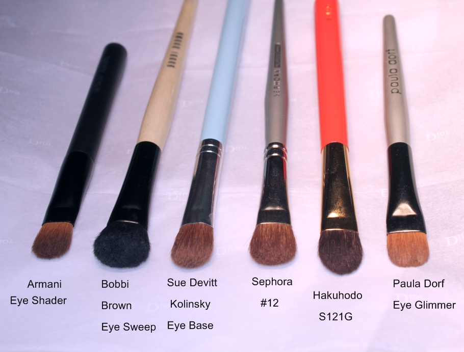 Pro Shader Brush #18 by Sephora Collection #9