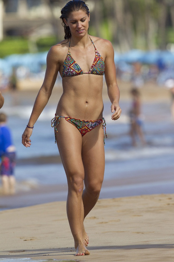 Alex Morgan Shows Off Bikini Body In Hawaii