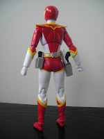 SH Figuarts Red Hawk 04