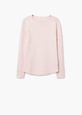 http://shop.mango.com/FR/p0/femme/vetements/gilets-et-pull-overs/pulls/pull-over-a-pois-relief?id=73015535_82&n=1&s=rebajas_she.cardigans