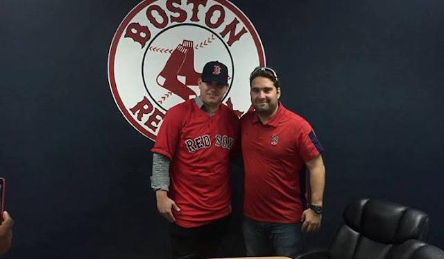 Hernández desde el lunes es oficialmente parte integral de la organización de los Medias Rojas de Boston
