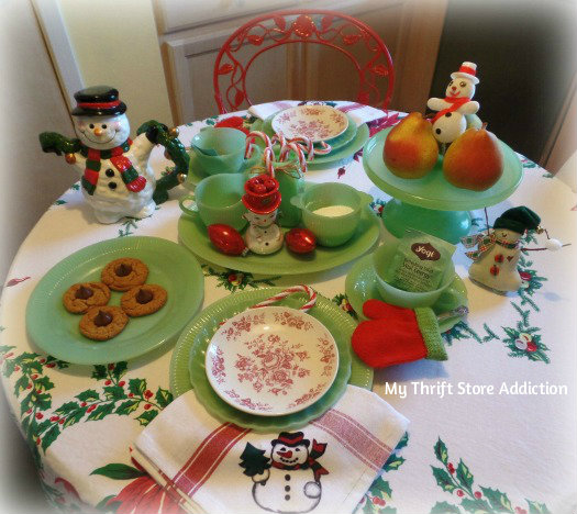 Friday's Find: A Snowman Tea for Two mythriftstoreaddiction.blogspot.com A whimsical snowman tablescape created with thrift store finds