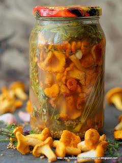 kiszonka z kurek, grzyby kiszone, kureczki, przetwory, kiszonki