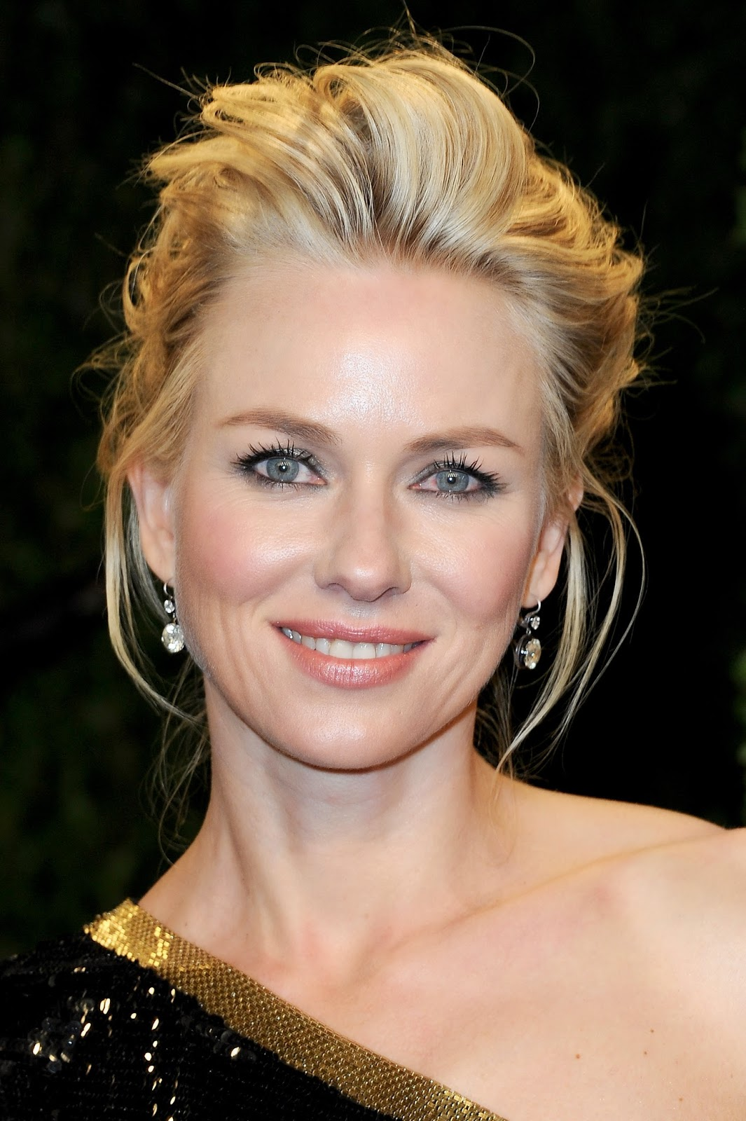 Naomi Watts Biography| Profile| Pictures| News