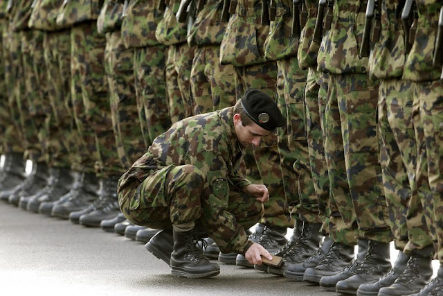 Best Pictures of Military Precision