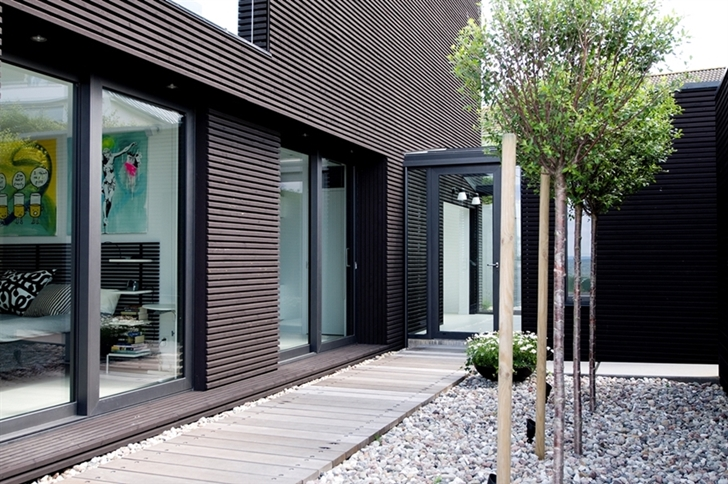 Black facade on Modern beach house in Sweden