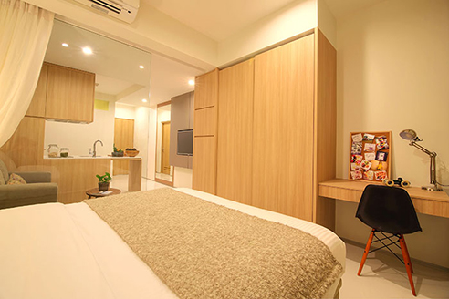 Hanson Court Suites Type B Bedroom