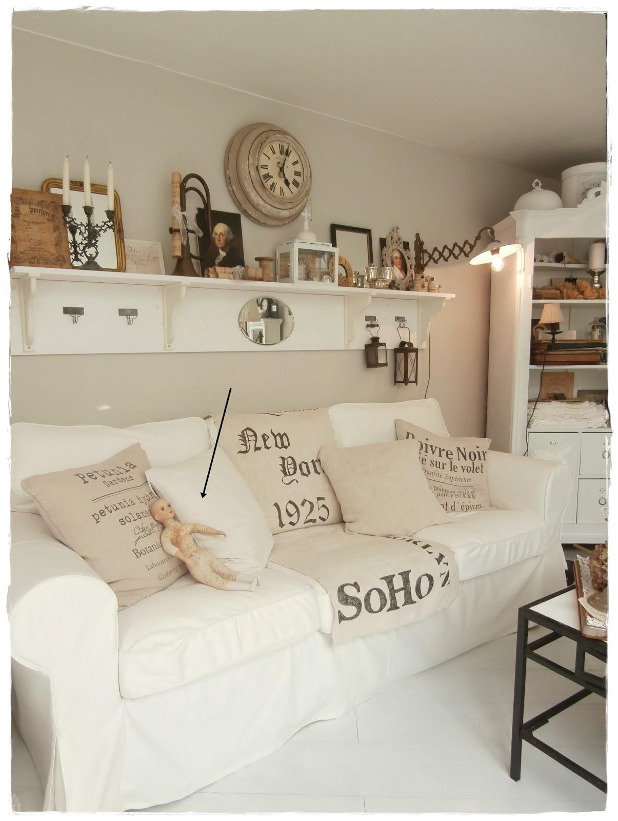 Shabby landhaus: schlafzimmer....................