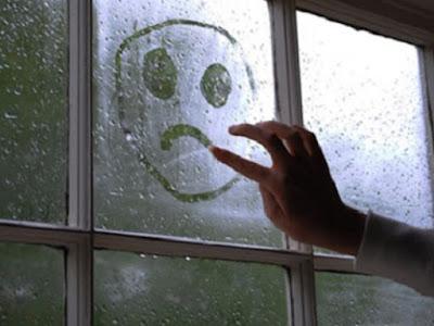 Tips Saat BadaiI Menghantam Rumah Tangga