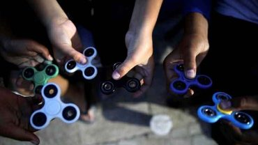 Fidget Spinner Bukan Sekedar Permainan Kekinian  yang Lagi Hits