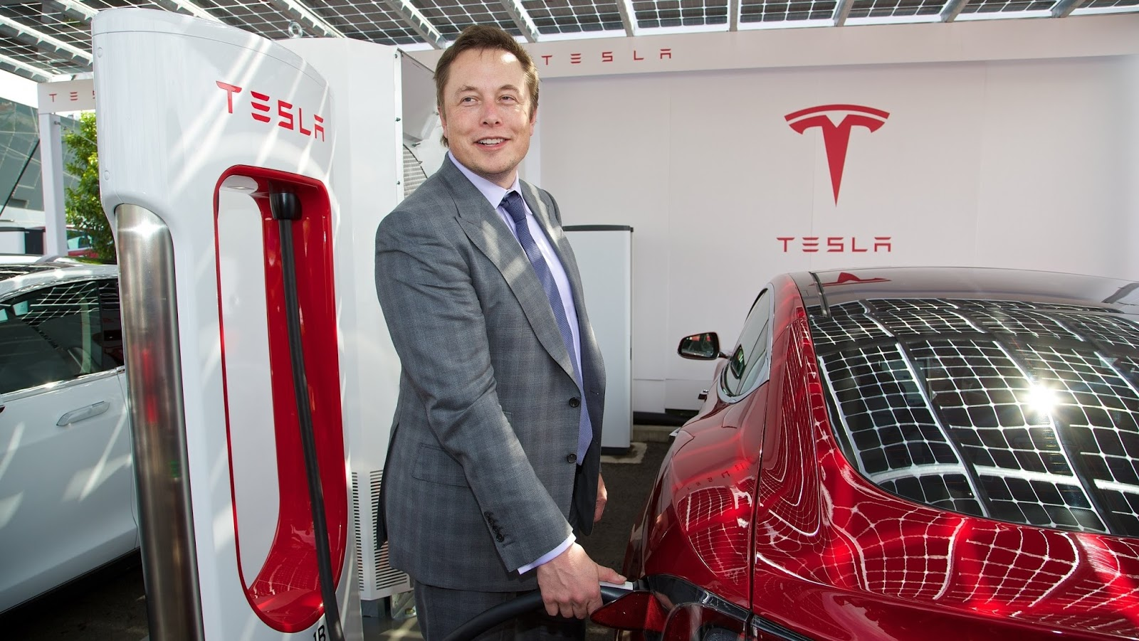 Elon Musk e sua empresa de carros, Tesla