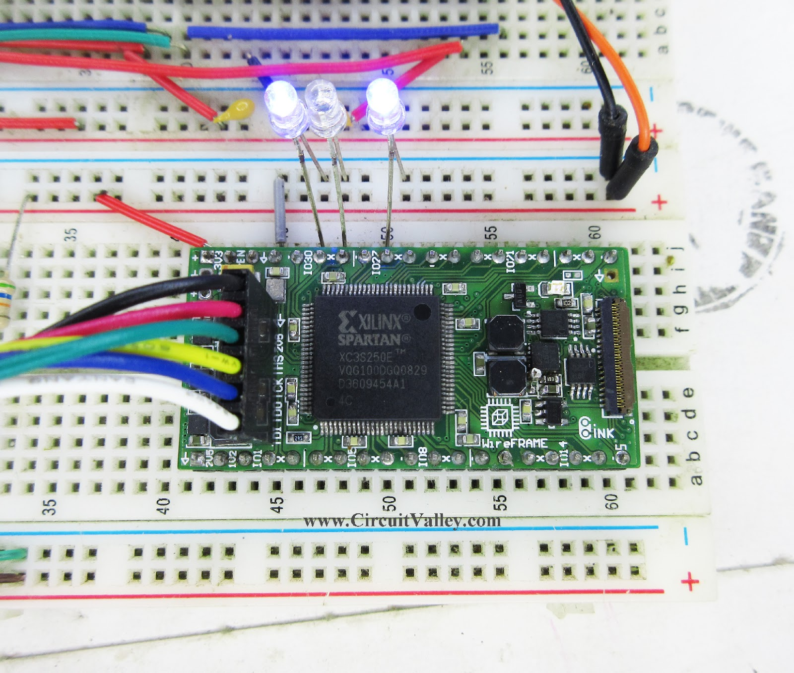 Embedded Engineering : First Project with WireFrame FPGA Board LED