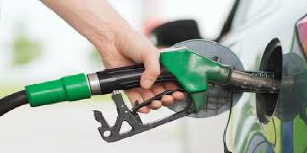 Petrol-diesel-ki-keemate-lagataar-dusre-din-esthar