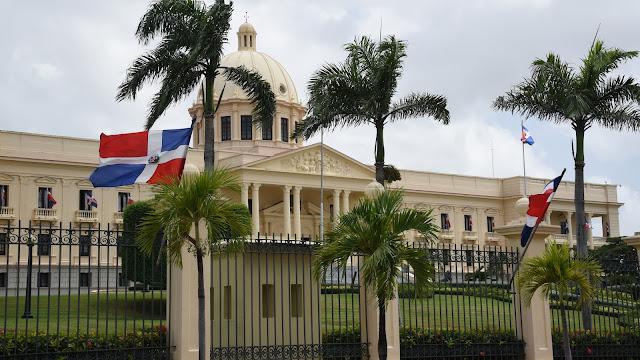 Ejecutivo designa a Aquiles Leonel Ledesma embajador de la República Dominicana enEgipto
