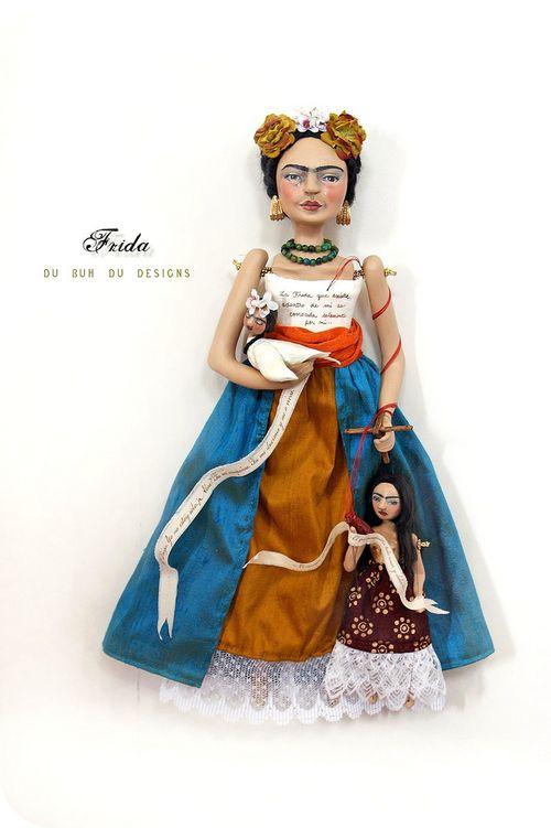 http://dubuhdudesigns.typepad.com/du_buh_du_designs/frida-dolls