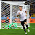 Com gol de Schweinsteiger, Alemanha vence a Ucrânia em estreia complicada na Euro