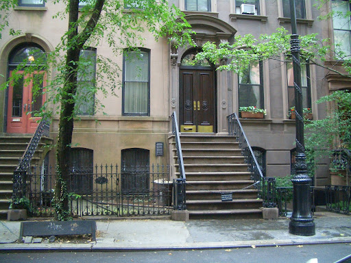 64 Perry Street In The West Village Show It Was Supposed To Be Located Upper East Side Is Now Up For A Measly 9 6 Million