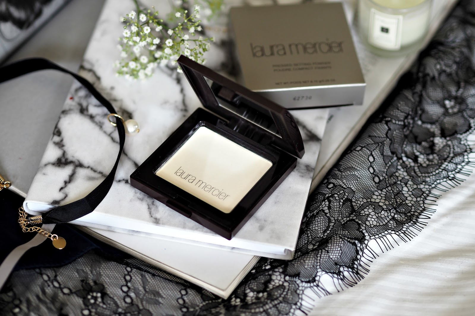 Laura Mercier Translucent Pressed Setting Powder review