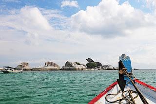Batu Granit di Pantai Belitung Unik