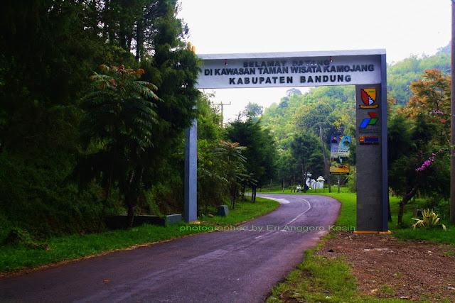 Perbatasan Kabupaten Garut dengan Kabupaten Bandung