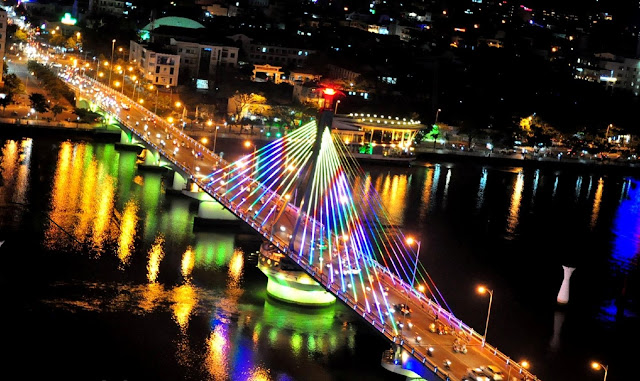 Discover the magic charm of Da Nang by night