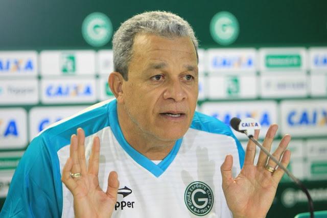 Agora é oficial técnico Hélio dos Anjos é demitido do Goiás