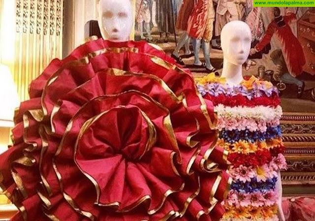 ACME exhibe en París la seda de La Palma a través de Agatha Ruiz de la Prada
