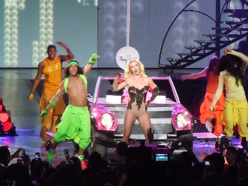 Britney Spears Femme Fatale concert